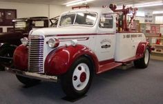 515-Holmes Wrecker on 1939-'40 GMC or Chevy chassis
