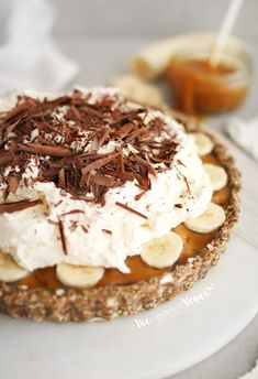 No-bake banoffee pie recipe Vegan Pie, Blender Food Processor, Food Processor Recipes, Maple Syrup Ingredients, Pie Recipes, Vegan Recipes, Gateaux Vegan, Pie Cake, Thanks
