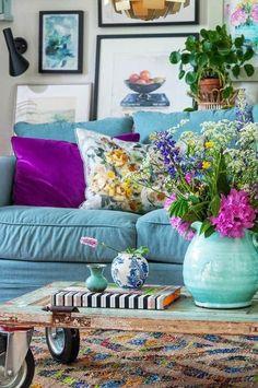Room Colors, House Colors, Living Room Designs, Living Room Decor, Casa Pop, Cosy Home, Colourful Living Room, Piece A Vivre, Living Room Inspiration