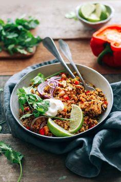 Instant Pot Smoky Tofu Quinoa Biryani - Full of Plants Best Vegetarian Recipes, Tofu Recipes, Whole Food Recipes, Healthy Recipes, Vegan Meals, Vegan Food, Dinner Recipes, Vegetarian Protein, Onion Recipes