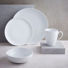 west elm offers a chic selection of dinner plates and modern dinnerware. Give any dinner table an update with these modern dinner plates. Dinner Bowls, White Dinner Plates, White Dishes, Dinner Plate Sets, Dinner Sets, Dinner Table, China Dinnerware Sets, Stoneware Dinnerware Sets, Porcelain Dinnerware