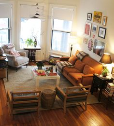 : OH- Kate Lewis HT : Apartment Therapy  living room
