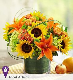 Shop at Let Life Bloom to purchase the beautiful Sunburst Bouquet flower arrangement. We offer nationwide same day flower delivery. 800 Flowers, Types Of Flowers, Summer Flowers, Spring Flowers, Beautiful Flower Arrangements, Beautiful Flowers, Sunflower Bouquets, Bouquet Flowers, Sunflower Floral Arrangements
