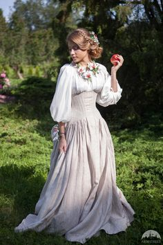 Medieval Dress, Medieval Clothing, Medieval Outfits, Steampunk Clothing, Steampunk Fashion, Wedding Skirt, Wedding Dresses, Pretty Dresses, Beautiful Dresses