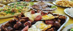 Os municípios que integraram o caminho das tropas usam muito na sua culinária o virado, prato típico dos tropeiros nas suas longas jornadas. Muitos municípios fazem o virado com adaptações mais divers...