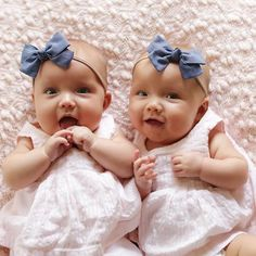 Twin Baby Girls, Twin Babies, Cute Twins, Cute Babies, Baby Pictures, Baby Photos, Tatum And Oakley, Italian Baby, Newborn Twins
