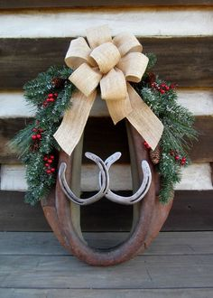 VTG Horse Mule Harness Collar Yoke Leather Horseshoes Christmas Wreath Country #NaivePrimitive #unknown