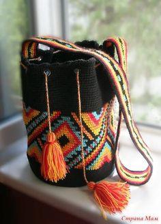 Black Diy Crochet Bag, Crochet Backpack, Crochet Handbags, Crochet Purses, Mochila Crochet, Tapestry Crochet Patterns, Tapestry Bag, Boho Bags, Clutch