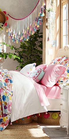 Lennon & Maisy Bright Girls Bedroom