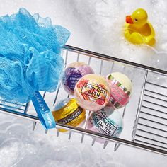 Add some sparkle to your soak with bath bombs and bubble baths from Bath & Body Works! Choose from our luxurious selection of bath fizzies, bath soaks and in shower steamers. Body Works, It Works, Bath Booms, Victoria Secret Fragrances, Bath Fizzies, Bath And Bodyworks, Large Candles, Bath Soak, Bubble Bath