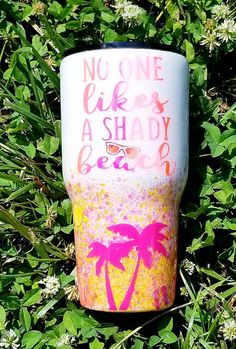 Hobbies And Collectibles Info: 2631304915 Short Friendship Quotes, Diy Tumblers, Custom Tumblers, Glitter Tumblers, Cup Crafts, Diy And Crafts, Tumbler Quotes, Mom Tumbler, Tumblr Cup