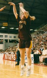 Former Hawk Debbie Black will be inducted into the Philadelphia Sports Hall of Fame on November 8.