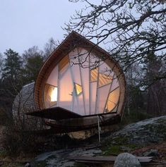 Ett is a wonderful Swedish woodland micro house designed by Torsten Ottesjö whi. - Ett is a wonderful Swedish woodland micro house designed by Torsten Ottesjö which takes the shape - Architecture Cool, Organic Architecture, Pavilion Architecture, Architecture Interiors, Classical Architecture, Residential Architecture, Contemporary Architecture, Landscape Architecture, Architecture Organique