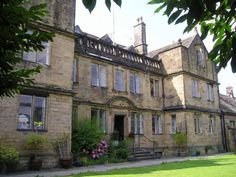 Bagshaw Hall Bakewell Set in private gardens, Bagshaw Hall offers elegant rooms with original features and free Wi-Fi. Bagshaw is a short stroll from Bakewell centre, in the heart of the beautiful Peak District.