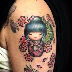 #inkedgirl #tattoos #modelings #altmodel #bodyshape #colors #kokeshi #doll #work #sunskin
