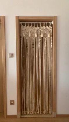 Macrame Wall Hanging Patterns, Macrame Art, Macrame Design, Macrame Projects, Macrame Knots, Macrame Patterns, Cortinas Boho, Macrame Curtain, Curtain Patterns
