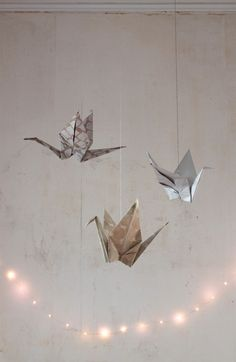 DIY large paper cranes, final 2, by Justine Hand for Remodelista