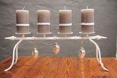 Stylischer Kerzenständer aus Metall - weiß  von Vintage-Romance via dawanda.com