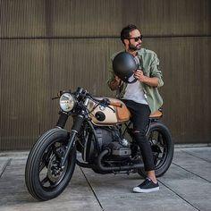 BMW alles für Ihren Stil - www. Bike Bmw, Cafe Bike, Cafe Racer Bikes, Cafe Racer Motorcycle, Bmw Motorcycles, Vintage Motorcycles, Motorcycle Men, Classic Motorcycle, Motorcycle Garage