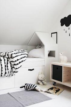 noir-blanc-manger-maison-lit