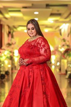 10 Plus Size Brides Ideas Plus Size Brides Plus Size Bride Plus Size Lehenga