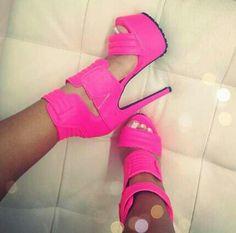 Hot pink sexyness