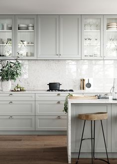 L A M I N A T E Benchtops are cost-effective hard wearing and easy to maintain. Photographed is Laminex Essastone Marmo. Home Decor Kitchen, Interior Design Kitchen, New Kitchen, Home Kitchens, Kitchen Colour Schemes, Kitchen Colors, Timeless Kitchen, Küchen Design, Kitchen Cupboards