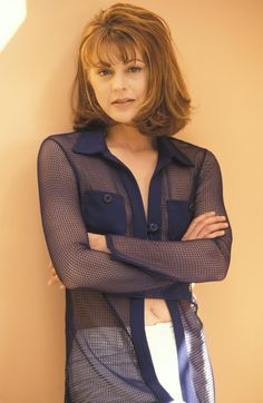 Frasier star who played Daphne Moon on that hit TV show, Jane Leeves turns 53 today - she was born 4-18 in 1961 - she's a star on TV-Land's Hot In Cleveland now - gads I wish we got that channel.