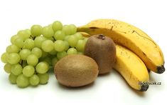 Concerned About How to Keep Fruit Fresh? Use this Handy Guide - Infographic - UrbanNaturale Healthy School Snacks, Healthy Eating Habits, Vegan Potluck, Raw Vegan, Plant Based, Infographic, Vegan Recipes, Food And Drink, Banana