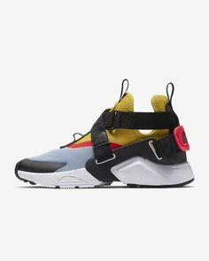 Nike Air Huarache City Women's Shoe Size (Aluminum) Source by nike Shoes types Nike Slides, Nike Air Huarache, Adidas Superstar, Women's Shoes, Nike Air Max, High Top Sneakers, Sneakers Nike, Nike Shoe, High Heels