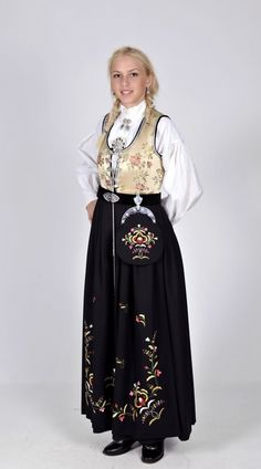 Rogaland **Ellen was from this county** Folk Costume, Costumes, Ethnic Fashion, Traditional Outfits, Norway, Bohemian, Culture, Elegant, Pretty