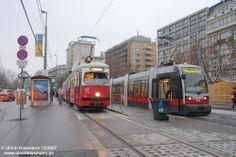 683 + 4783 Wien Schwedenplatz 30.12.2007 - SGP E1 (SGP) /Duewag GT 40-105 [2-2/2-2] (1966-1976) - SGP ULF B