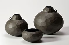 Matte Faceted Vessels: Boyan Moskov: Ceramic Vessel - Artful Home - thought of you Jayne! Ceramic Clay, Ceramic Vase, Ceramic Pottery, Earthenware, Stoneware, Sculptures Céramiques, Black Clay, Ceramics Projects, Bottle Vase