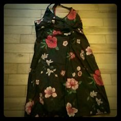 Tommy Hilfiger halter dress Beautiful pattern retro sundress loved wearing it... Its cotton and so cool for the summer... Has a Cute pinup feel. .. Tommy Hilfiger Dresses