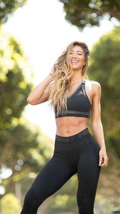 f36a3fc447724 20 Best Karina Elle images in 2019 | Elle fitness, Fit women, Fitness women