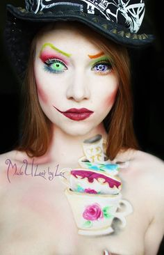 Halloween Makeup For Women 60 Creepy Makeup Ideas Family Holiday. This is great female cosplay as well. An excellent take on Alice in Wonderland. Halloween Looks, Halloween Face Makeup, Diy Halloween, Halloween Costumes, Halloween Stuff, Vintage Halloween, Mad Hatter Makeup, Creepy Makeup, Sfx Makeup