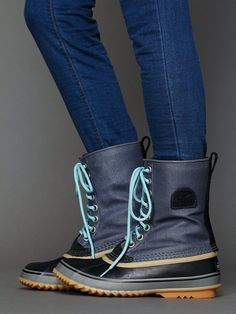 COOL RAINBOOTS!!!!! (via this pin ) ...In honor of the hugest scariest storm that every prowled the earth today in Luzern... ( But, the Fr...