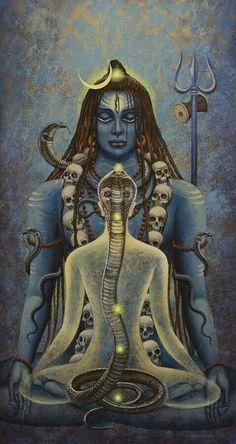 Shiva dios destructor del universo. Este aspecto también incluye su regeneración. Su consorte es la diosa Parvati. Su apariencia es temible, rodeado de demonios y llevando collares de calaveras. Tiene tres ojos y entre sus armas se encuentra un tridente. Cabalga un toro blanco.