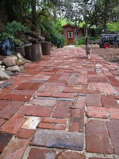 I have a lot of old bricks...this looks like they can be used in a neat way.