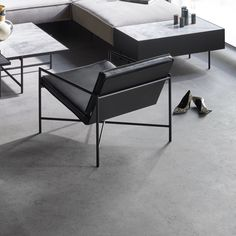 CLASSIC MINIMALISM - The Lounge Chair, made in Denmark, was the first chair in HANDVÄRK's collection. Minimalistic with perfect proportions, yet surprisingly comfortable. This inviting chair is beautiful alone and perfect as a pair. Home Modern, Modern Living, Nordic Style, Scandinavian Style, Danish Furniture, Furniture Design, Handmade Cushions, Time Design, Modular Sofa