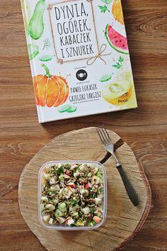 3 pomysły na lunchbox - zdrowe sałatki #1 | Tysia Gotuje blog kulinarny Recipe Box, Healthy Eating, Healthy Food, Lunch Box, Food And Drink, Healthy Recipes, Bread, Meals, Meal Box