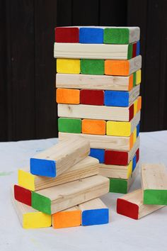 How to make a jumbo jenga game that is fun for family game night or a backyard party.