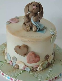buttons rabbit cake