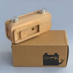 Handcrafted Beech wood pinhole camera. Multiformat (6x6 and 6x4,5) for medium format film. Handmade in Tuscany, Italy. Perfect for photography lovers, if you want to make photos as a '900 photographer. Pinhole size: 0.2 mm. Focal lenght: 25mm