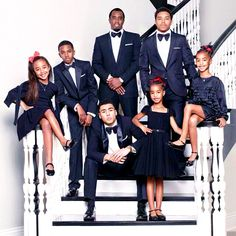 Move over, Kardashians! The Combs family also has a super-glam Christmas card to share this year.