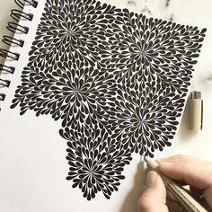 New doodle in progress. #doodle #doodeling #drawing #teckning #pattern #mönster #theraphy #terapi #kludder #telefonkonst #inkdrawing…