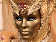 Google Image Result for http://img.izismile.com/img/img2/20090618/640/venitian_masks_640_13.jpg