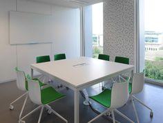 Bureau inrichting - groene vergaderzaal - FORCEA ANDERLECHT