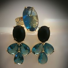 Ônix negro c/ cristal azul céu....linda combinação !!! TÂNIA SEMI-JÓIAS.... enviamos p/ td Brasil.