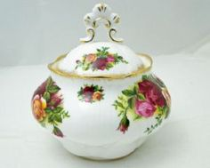 Royal Albert Old Country Roses, Small Lidded Pot, Second Quality